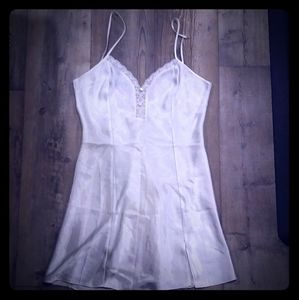 Short White satiny nightgown w/ lace and buttons